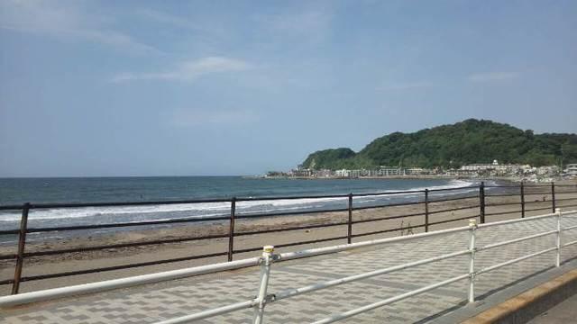 C360_2012-05-28-08-34-52_org@カロンと江の島.jpg
